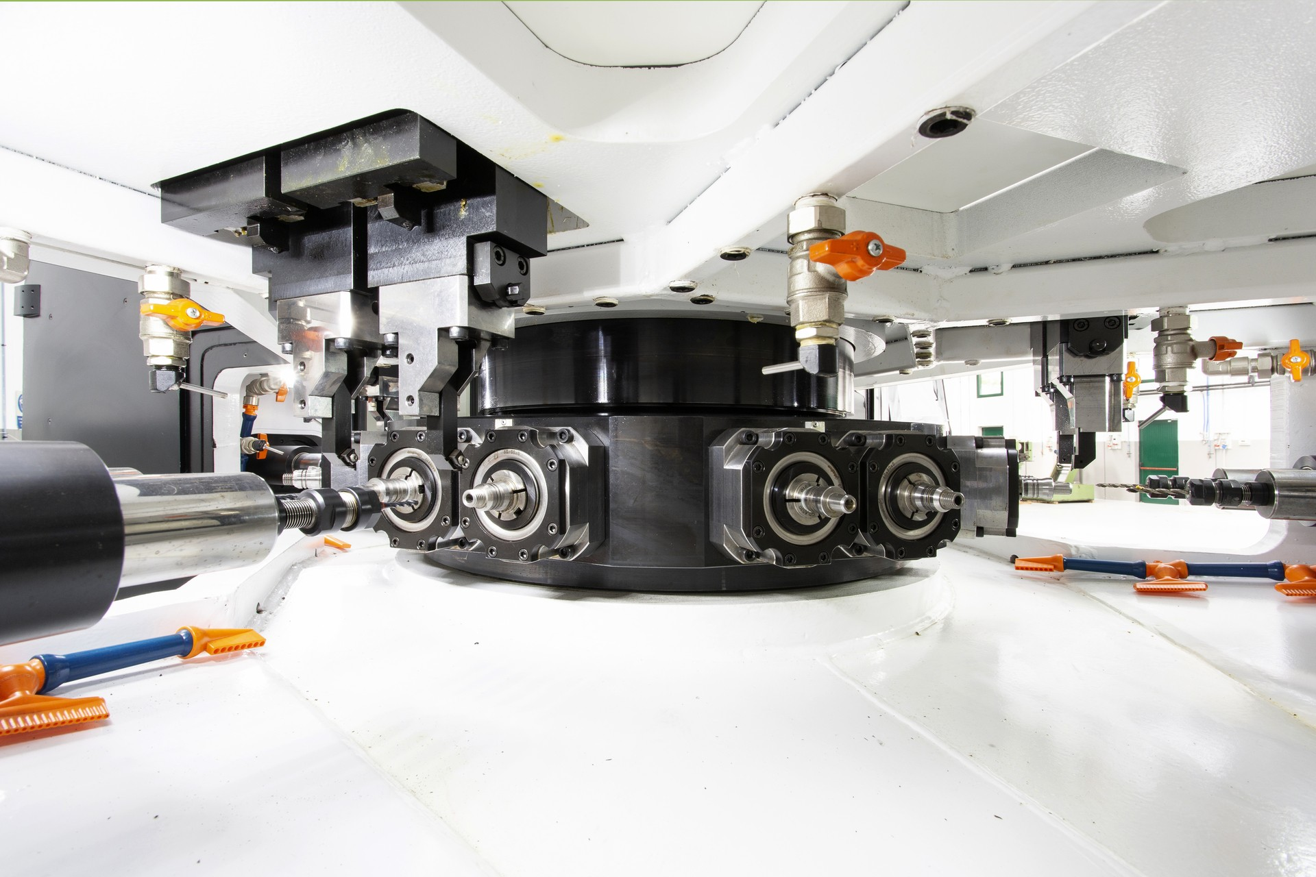 Produzione macchine utensili Transfer e Plurimandrino